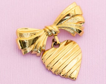 Vintage Victorian Heart Bow Gold Tone Brooch by Avon HB9