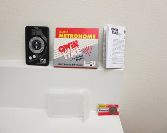 Qwik Time QT-5 Card Size Metronome 1997 In Box w Manual New Battery