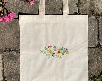 Jute bag / cloth bag / jute bag with floral embroidery motif / floral embroidery individually customizable
