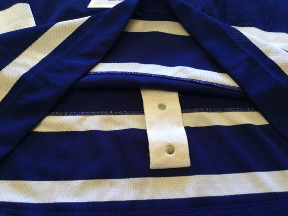 Toronto Maple Leafs authentic hockey jersey - image 5