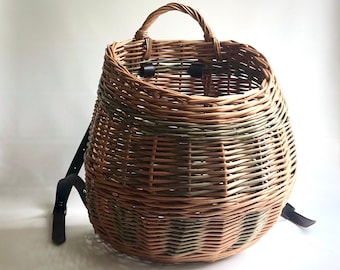 Woven willow back pack