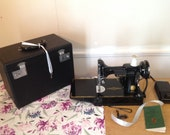 Rare Beauty - 1955 Singer FEATHERWEIGHT Sewing Machine, EK989841 w Case KEY