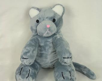 Plush cat, Doudou child