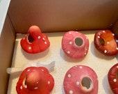 Set of 6 Self-Watering Terracotta Mushroom Planters, Automatic Plant Waterers #WTB97L540K3