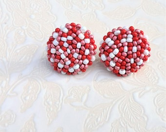 Ready to shipping: Boucle d'oreille brodées.Embroidered beaded earrings.Handmade jewelry. Bijoux faits à la main