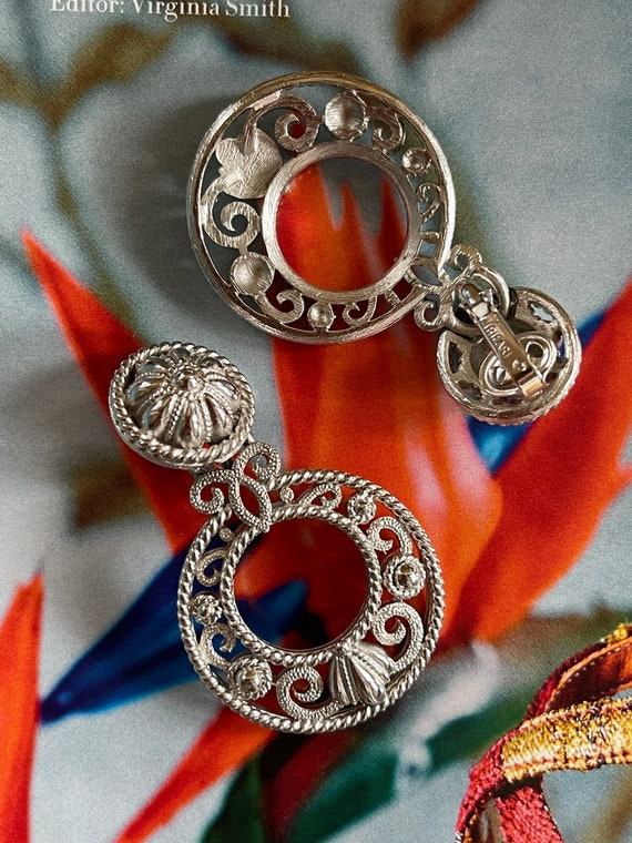VTG Crown Trifari Silver Filigree Clip On Earrings - image 4
