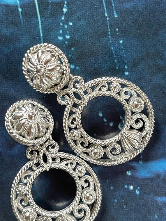 VTG Crown Trifari Silver Filigree Clip On Earrings - image 8