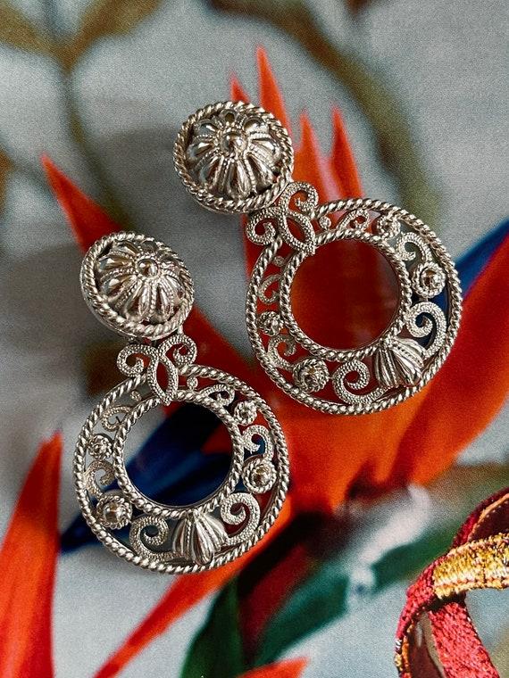 VTG Crown Trifari Silver Filigree Clip On Earrings - image 9