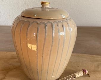 Can ceramic handmade gold gift decoration