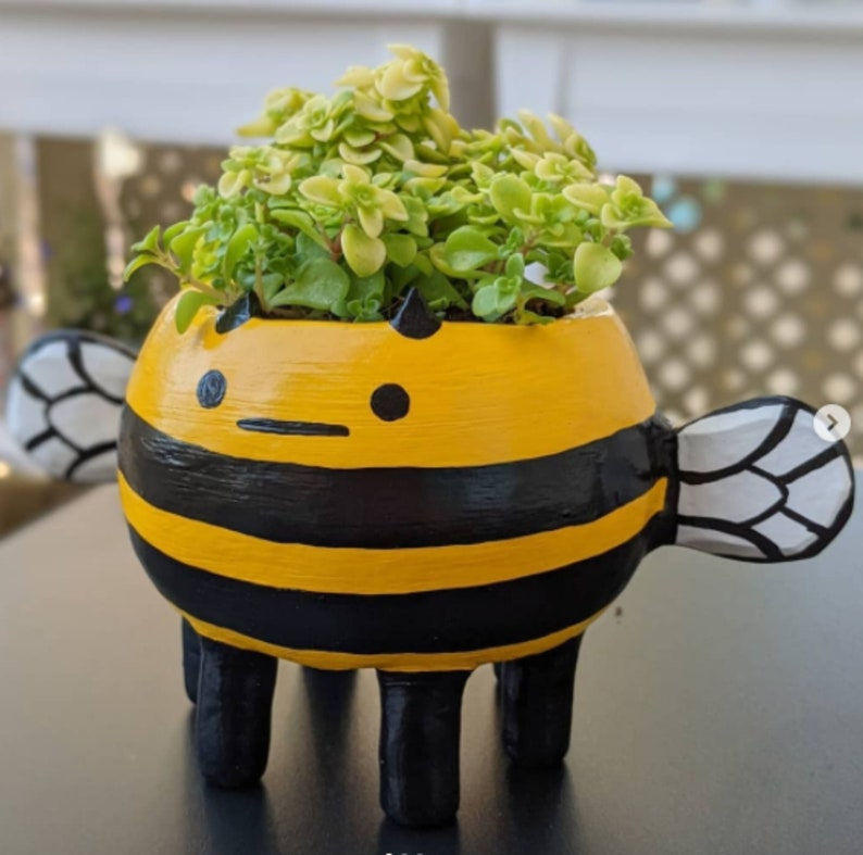 Handmade Cute Bee Shape Pottery Ceramic Vase Decorate Your image 0