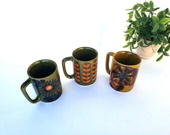 Ceramic Coffee Mugs, Flower Motifs,  Botanical Mugs,  Stoneware, Flower Mugs, Retro  Mugs, Coffee Cups, Mid Century Modern, Vintage