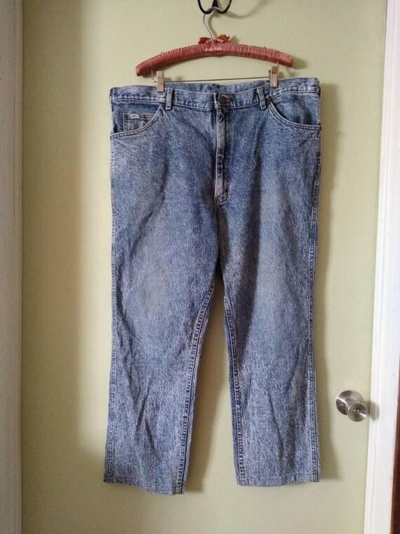 Men's 42x28 Lee Jeans // Vintage 1980s Acid Wash - image 2