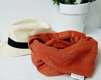 Snood or light neck lap for children or adults in double gauze