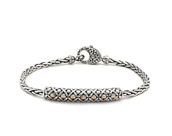 Silver 925 Bracelet with Soka Flower Motif, Using Gold 18K and High Polished. Size 180x8mm.