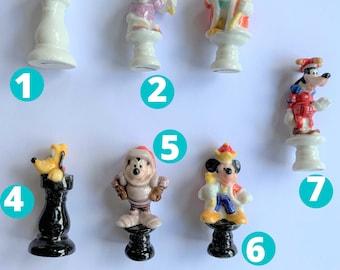 DISNEY Feve au choix ECHEC CHESS Mickey miniature porcelain mini ceramic figure tiny french porcelaine feves for decoration jeu d'échec
