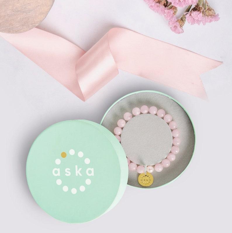 Ideal pregnancy gift: Maternity Movement Bracelet in image 0