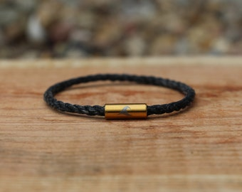 Fishnet Bracelet with engraved Wave Black (Silver, Gold, Black) minimalistic, upcycling, recycling, nordic, renew