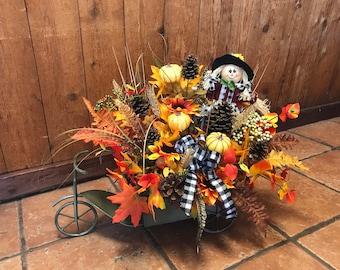 Farmhouse decoration - country decor - home decoration - front porch - table centerpiece - flower for home - welcome arrangement
