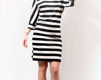 Striped dress black and white