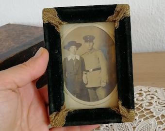 Velvet picture frame Vintage tabletop dark green photo frame