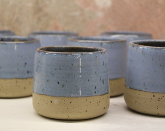 Cappuccino cup, light blue with speckles