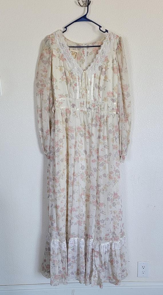Vintage Gunne Sax floral Prairie Dress - image 1