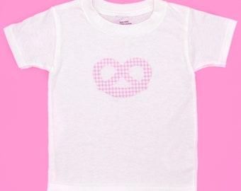 T-shirt pretzel kids white Bavaria / T-Shirt Brezen rosa weiß Bayern