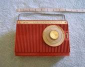 Vintage Arvin Transistor radio
