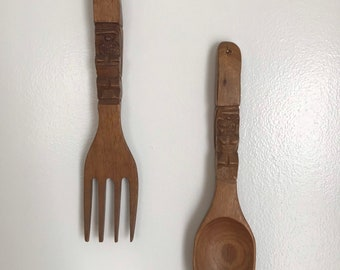 """MCM Wood Mid Century Modern Fork and Spoon Wall Hanging 12"""""""