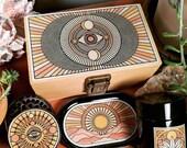 Stash Box Combo Locking Stash Box Titanium 4 Part Herb Grinder Smell Proof UV Jar Rolling Tray Stash Box Kit Desert Visions Happy Trees