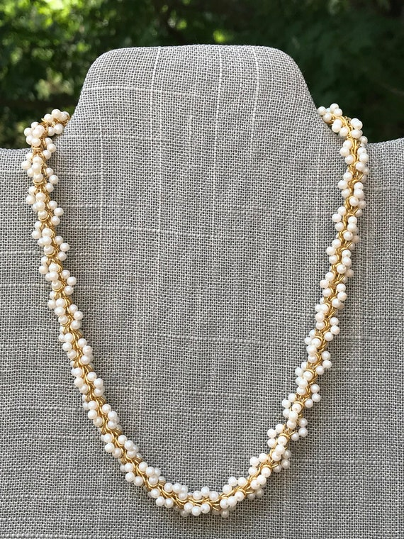 Vintage gold and pearl cluster necklace - image 1