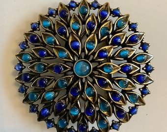 Floral circle buckle filigreed and faux tiger eye in BLUE