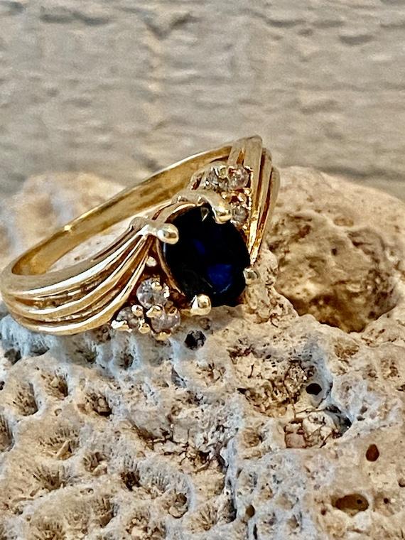 Vintage Sapphire and Diamond RIng - image 1
