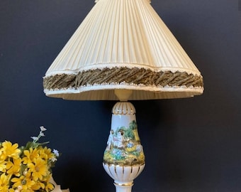 Capodimonte table lamp in hand-decorated ceramic with fabric lampshade
