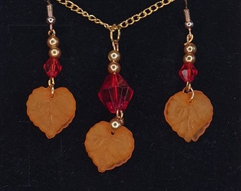 Autumn leaves earring and necklace set in red, brown and green.