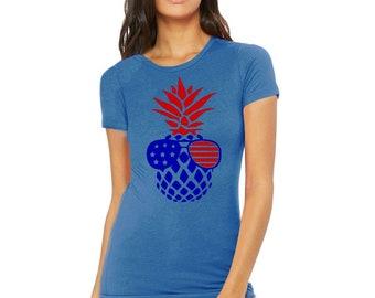 Womens American Flag Pineapple Sunglasses T-Shirt USA Stars 4th of July Patriotic Tee Crewneck T-Shirt Women