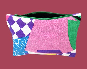 Flat kit 80's beach   Pouch vintage fabric makeup, stationery, pens, medicines   Upcycling