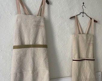 Country Apron hand made in Natural recycled Cotton