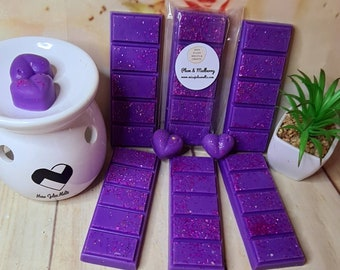Plum & Mulberry Highly Scented Wax Melts / Snapbars. Made with Plant Based Wax. Hand Poured and Designed. CLP Compliant