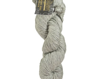 30% Off Quality Basic Cascade 220 Worsted Weight Wool! Color 8401 Silver Grey