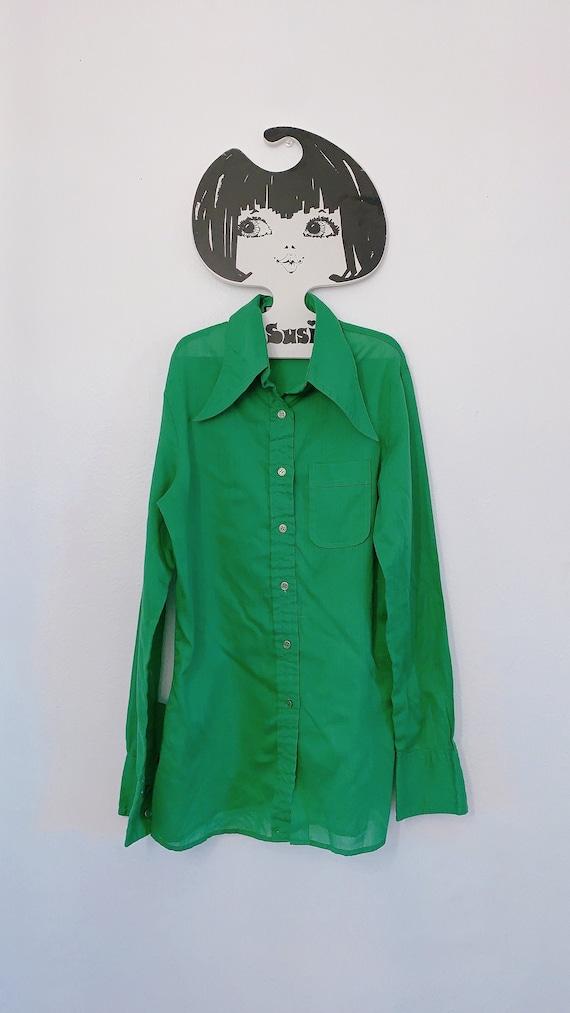 Vintage 1970s Green Dagger Collar Button Up Shirt