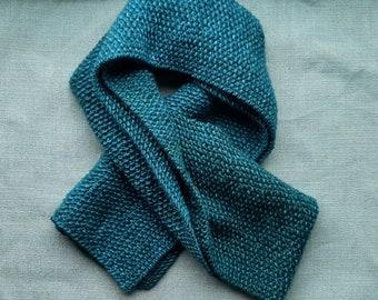 Emerald knitted scarf 100% merino wool