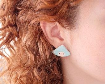 Ceramic earrings, face jewel, clay earrings/triangle earrings/handmade jewelry/earring illustration/illustrated ceramic/illustrated earrings