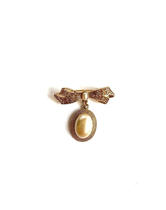 80s Vintage Gold & Pearl Dangle Bow Pin Brooch