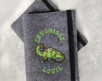 Personalized certificate folder, certificate cover with name, dinosaurs, football, suitable for school enrollment, embroidered, made of felt