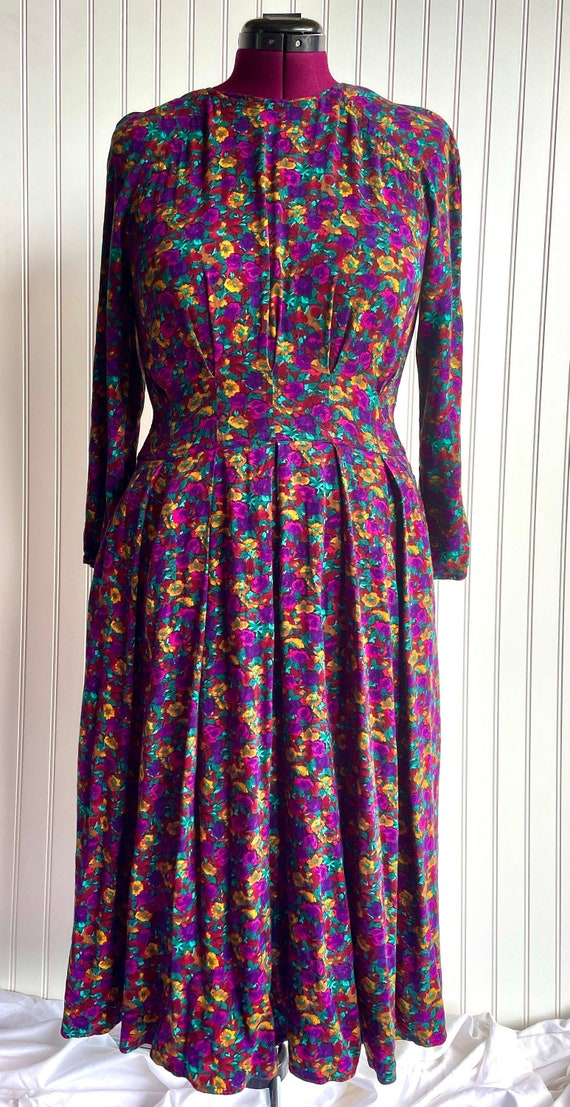 Vintage 1980s 1990s Dark Floral Midi Dress