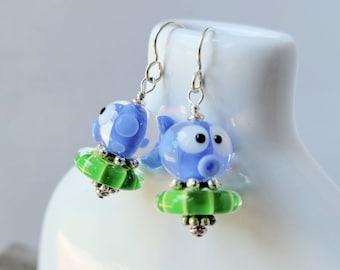cute fish earrings, lampwork glass, blue green |Free US Shipping