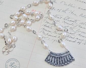 RBG Ruth Bader Ginsburg judge collar pearl necklace | Free US Shipping