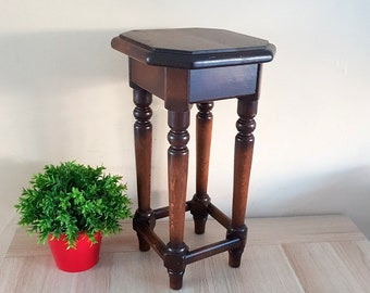 Wood plant stand vintage table //  Old heavy wood plant stand