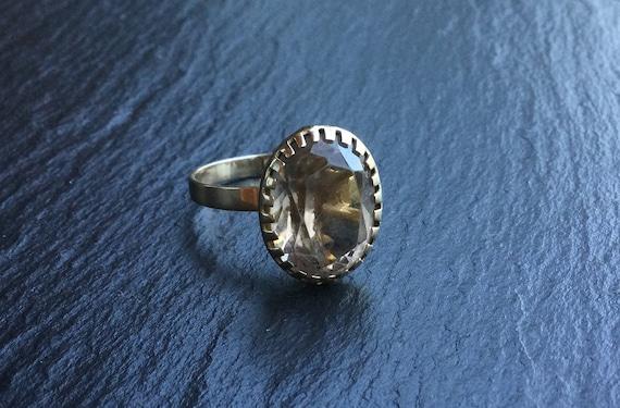 14k Gold & Quartz Solitaire Ring - image 2